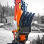 Heavy duty Excavator Thumb.  Increase your machine capabilites by enabling better handling of materials with the excavator thumb attachment.  See more...