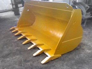 HEAVY DUTY YELLOW WHEEL LOADER DIG BUCKETS MANUFACTURED BY TYSEA MFG