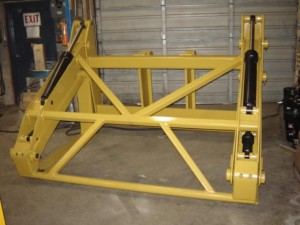 Heavy duty wheel loader pipe pole grapples manufactured by Tysea Mfg Inc.
