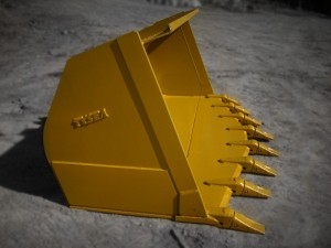 HEAVY DUTY YELLOW WHEEL LOADER SPADE NOSE BUCKET