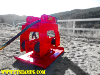 Heavy duty excavator hoe pac manufactured by Tysea Mfg.  An excavator compaction plate.