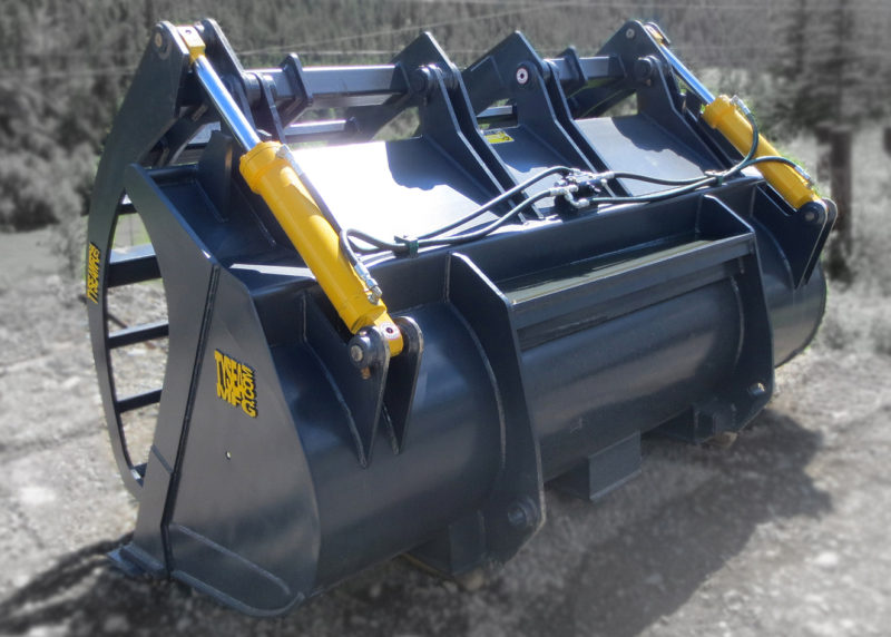 Heavy duty wheel loader corral bucket,  ideally used in feedlot and agricultural applications to handle bulk materials such as manure, silage and round bales.