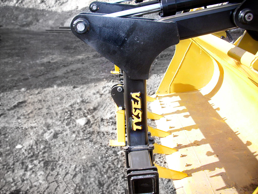 Hydraulic bucket grapple for wheel loader, dozer and crawlers